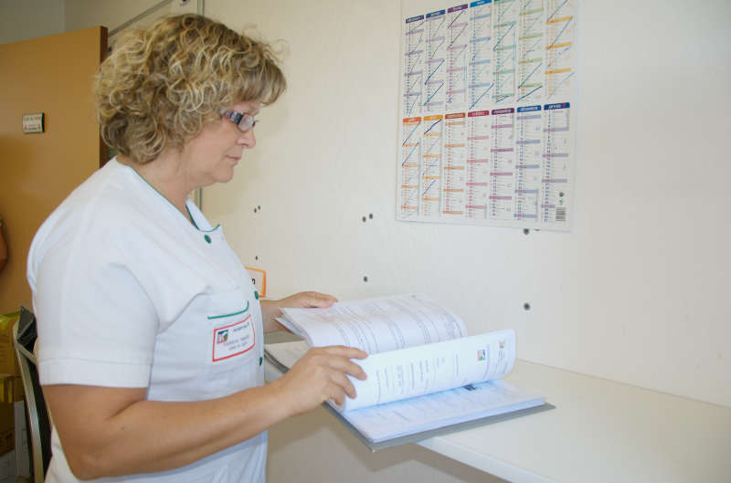 u00c9tablissements de sant u00e9   plus d u0026 39 emplois infirmiers en 2014